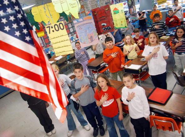 us-pledge-allegiance.jpg