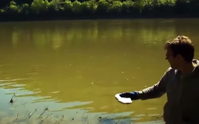 Τι συμβαίνει αν πετάξεις νάτριο σε μια λίμνη