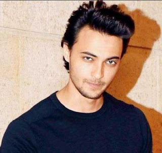 Aayush Sharma Family Wife Son Daughter Father Mother Marriage Photos Biography Profile.