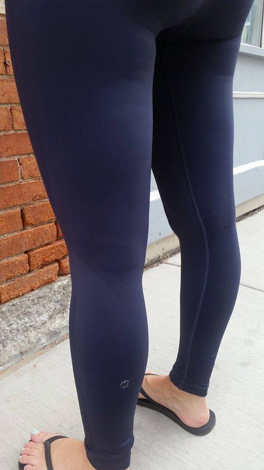 5c091694b8 Lululemon Addict: Aligns Pants and Zone In Tights and Crops