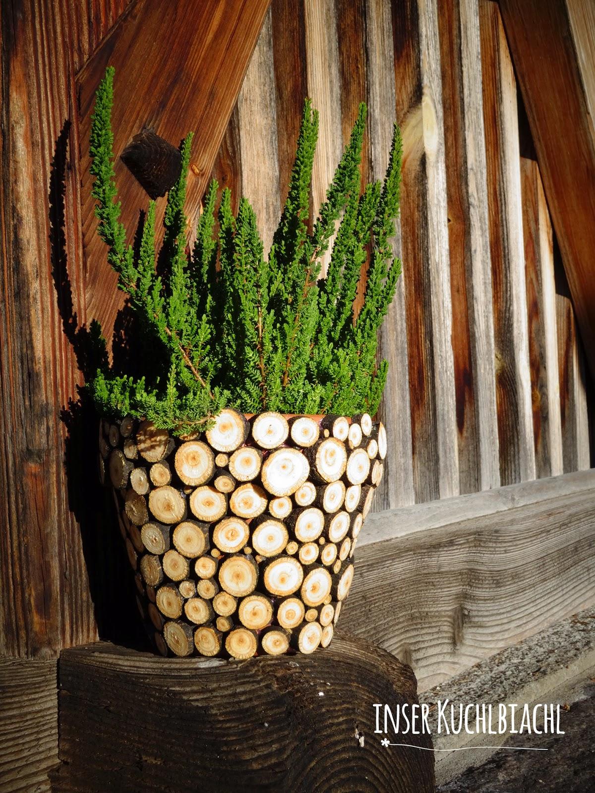 inser kuchlbiachl t rchen nummer 11 sch ne vase mit holzscheiben einfach und simpel und. Black Bedroom Furniture Sets. Home Design Ideas