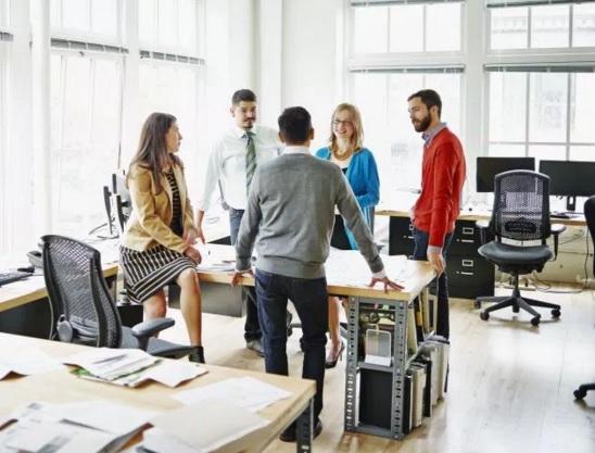 10 Probleme të Shkaktuara nga Vendimarrja e Menaxherëve