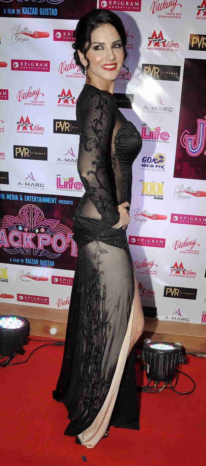 Sunny Leone Photos Movie Premiere In Black Dress