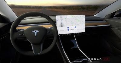 Proprietario di Tesla rischia divieto 18 mesi causa abbandono posto guida