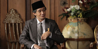 Review dan Sinopsis Film Habibie & Ainun