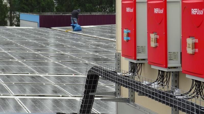 How To Avoid Lightning Bolts On Your Solar Farm