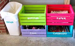 Cajones de madera para reciclar la basura