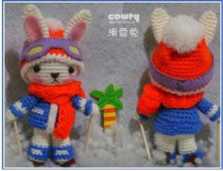 Зайка-лыжник амигуруми