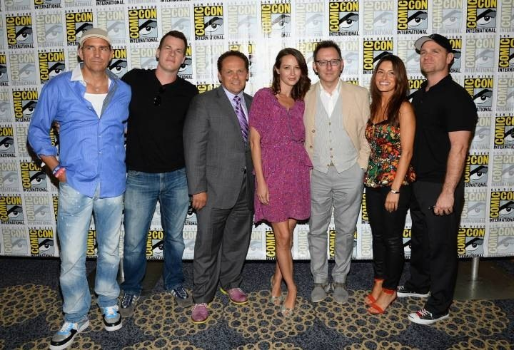 European and American Cast message distribution center: 2013 SDCC