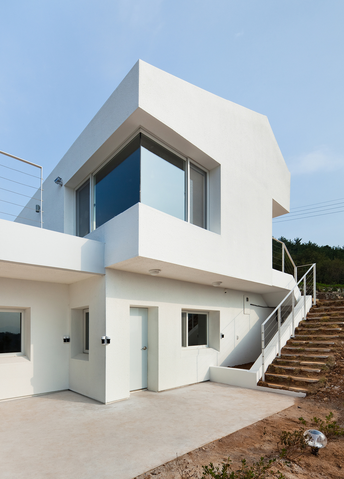 lovely design of net zero energy home by lifethings inspiring modern home. Black Bedroom Furniture Sets. Home Design Ideas