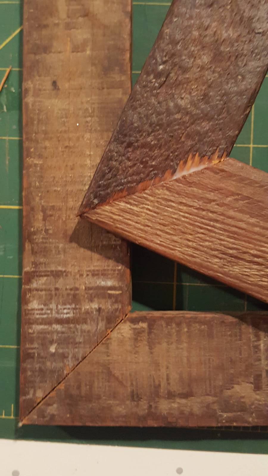 Dawntoussaint Making Picture Frames From Reclaimed Barn Wood