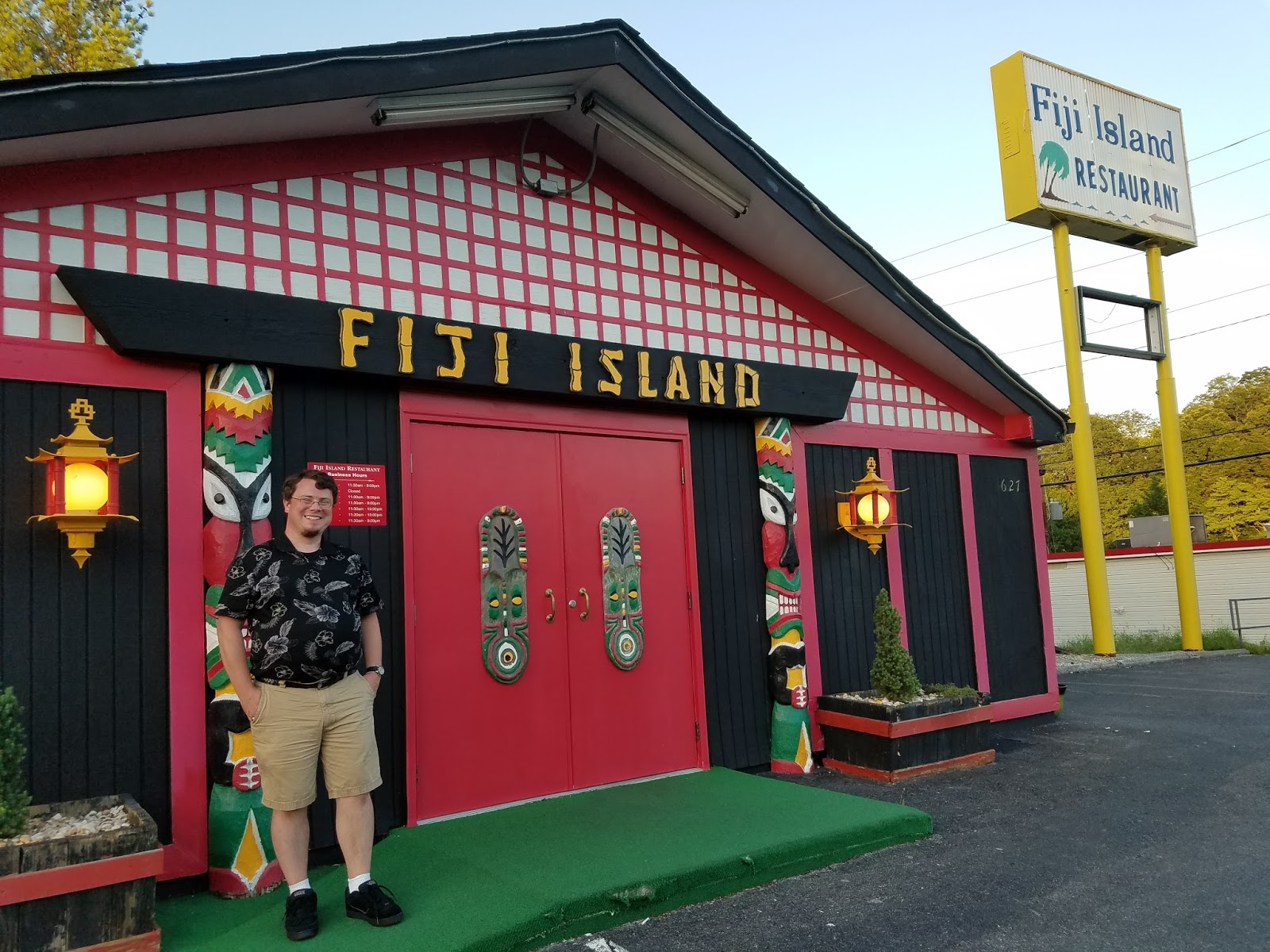 In College K Visited The Roanoke Va Fiji Island Restaurant With Friends She Had A Great Time But For Wver Reason Not Returned