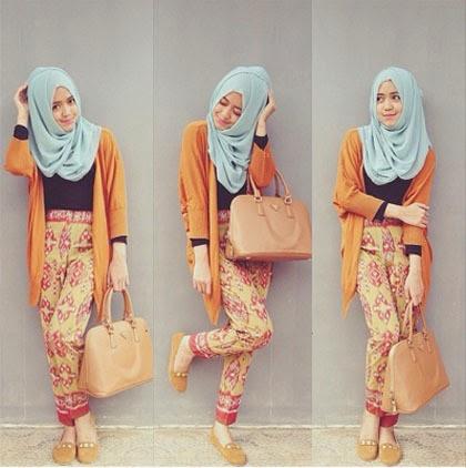 Celana Hitam Tampil Chic Dengan Padu Padan Cardigan Ala Dini Anggraeni