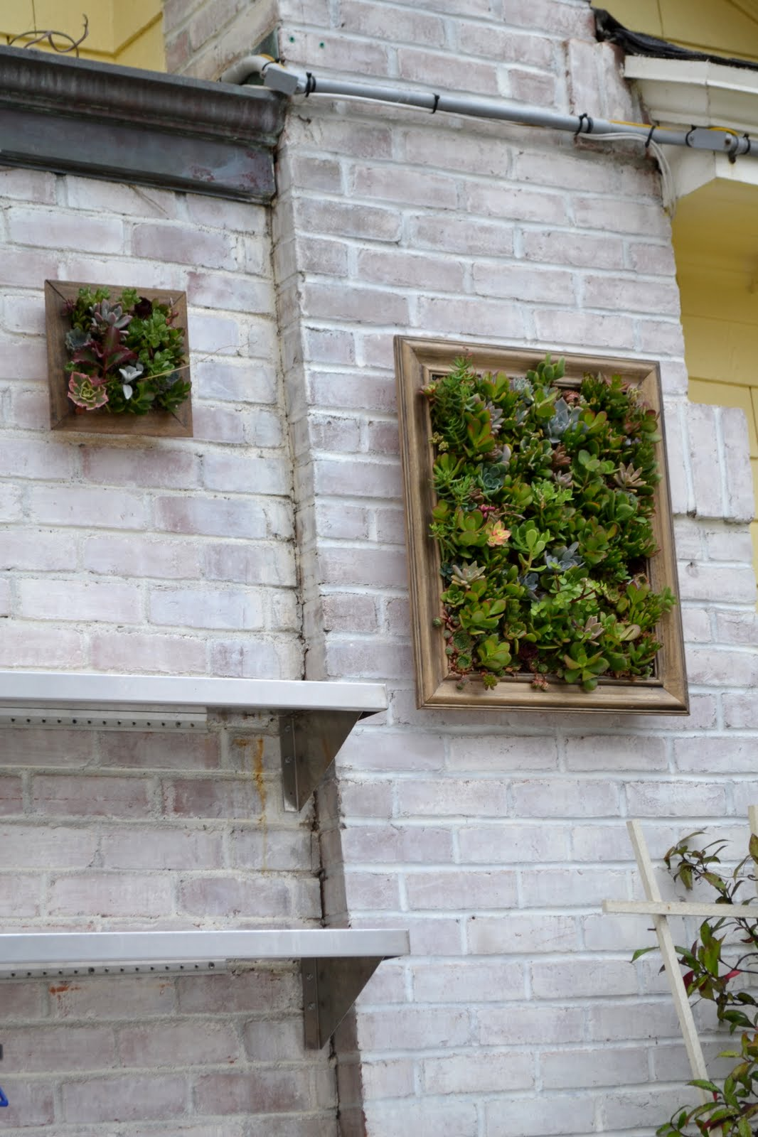 3 Guys. 2 Gals.: Outdoor Wall Art on Outdoor Garden Wall Art Ideas id=86283