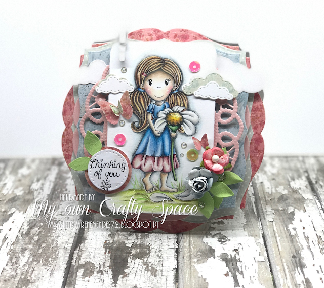 Daisy Emma Rubber Stamp | By Irene Mendes