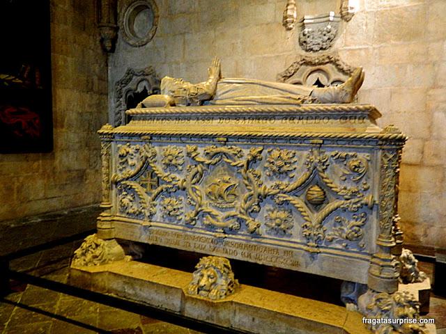 Túmulo de Vasco da Gama no Mosteiro dos Jerónimos, Lisboa
