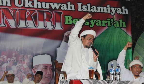 Perang Media, Habib Rizieq Serukan Umat Islam Aktif di Media Sosial untuk Bela Islam