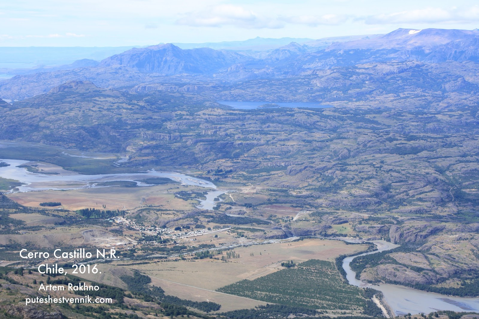 Деревня Серро-Кастильо