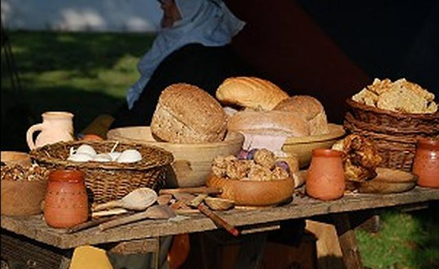 http://3.bp.blogspot.com/-urMxKR0TB0U/TbV_izAWQ3I/AAAAAAAAEQU/3kwpWKPREVk/s1600/ancient+greek+breads.jpg