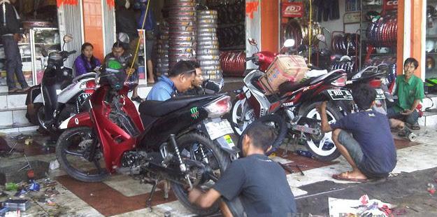 Daftar Alamat Dan Nomor Bengkel Motor Di Malang