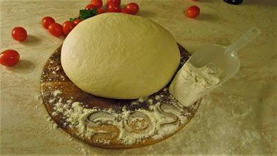 Tijesto za pizzu / Pizza dough