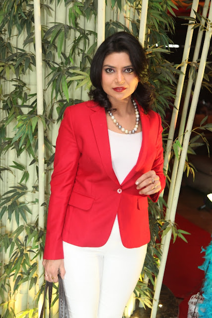 Anchor Geetasha Sharma