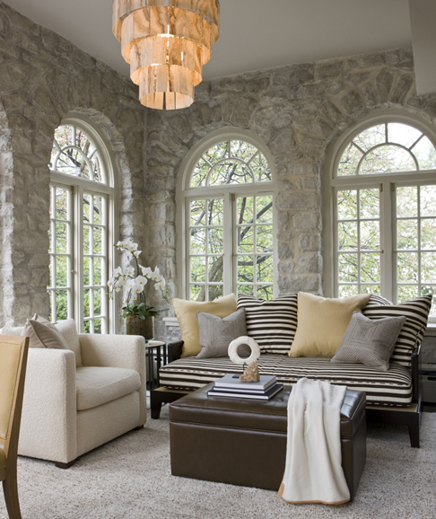 eye for design decorating the stone home. Black Bedroom Furniture Sets. Home Design Ideas