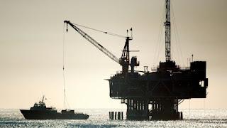Οι μεγαλύτερος παραγωγός πετρελαίου στον κόσμο οι ΗΠΑ: Ποιές οι στρατηγικές επιπτώσεις