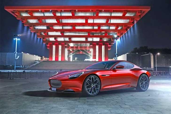 mobil sport listrik mengisi daya dalam lima menit