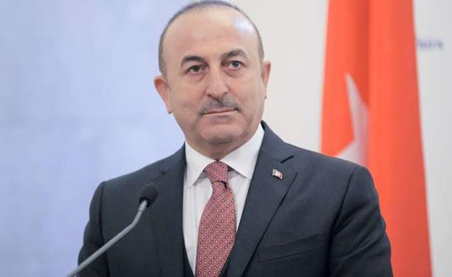 """Απάντηση Τουρκίας στον Μακρόν για το εξώφυλλο με τον """"δικτάτορα Ερντογάν"""""""