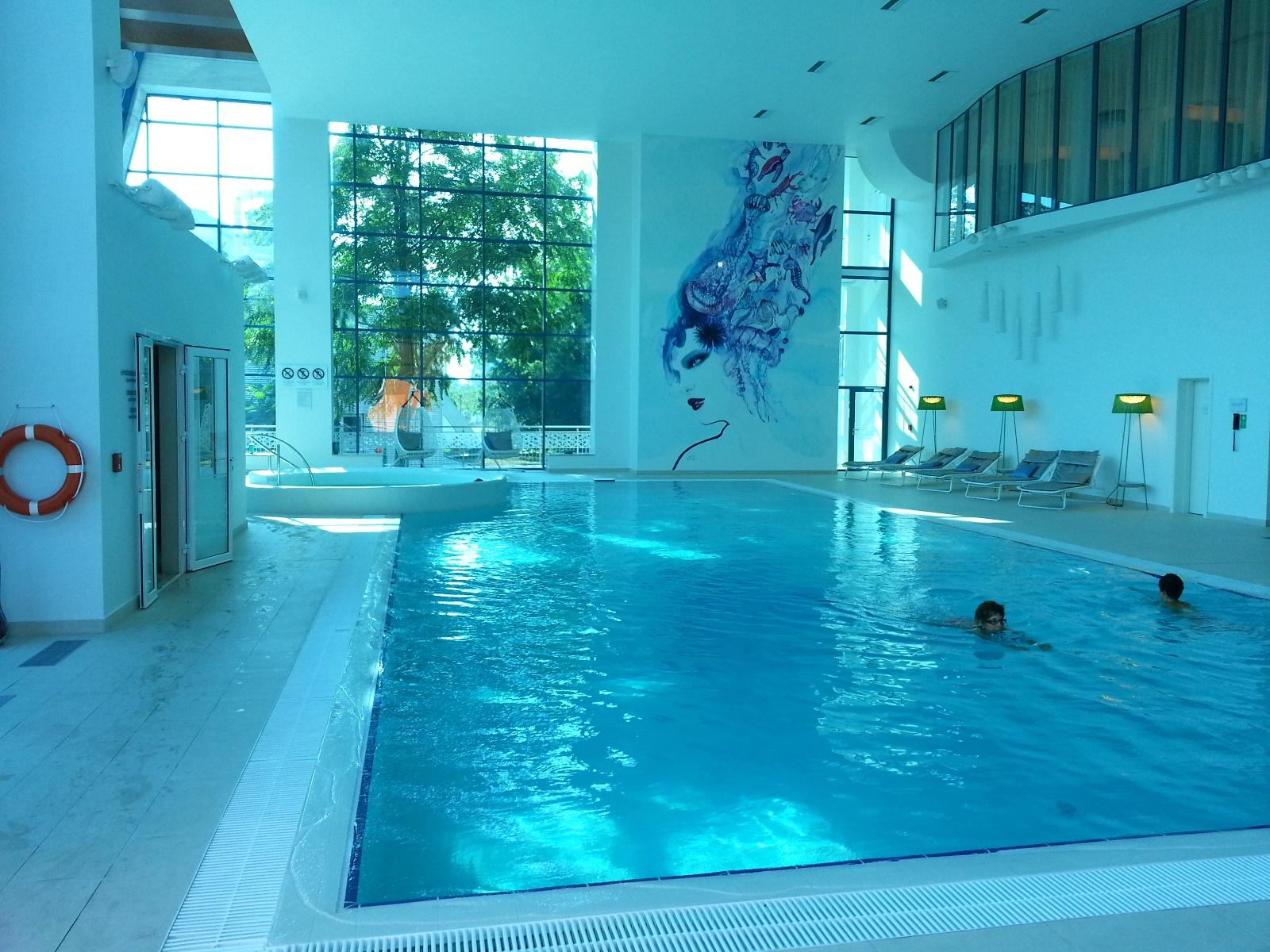 DoubleTree by Hilton Oradea Rumunia strefa wellness basen jacuzzi
