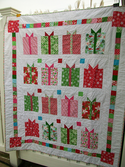 All Wrapped Up Quilt made by Sharon Challenger, The Free pattern designed by Kate Spain of Moda Fabrics