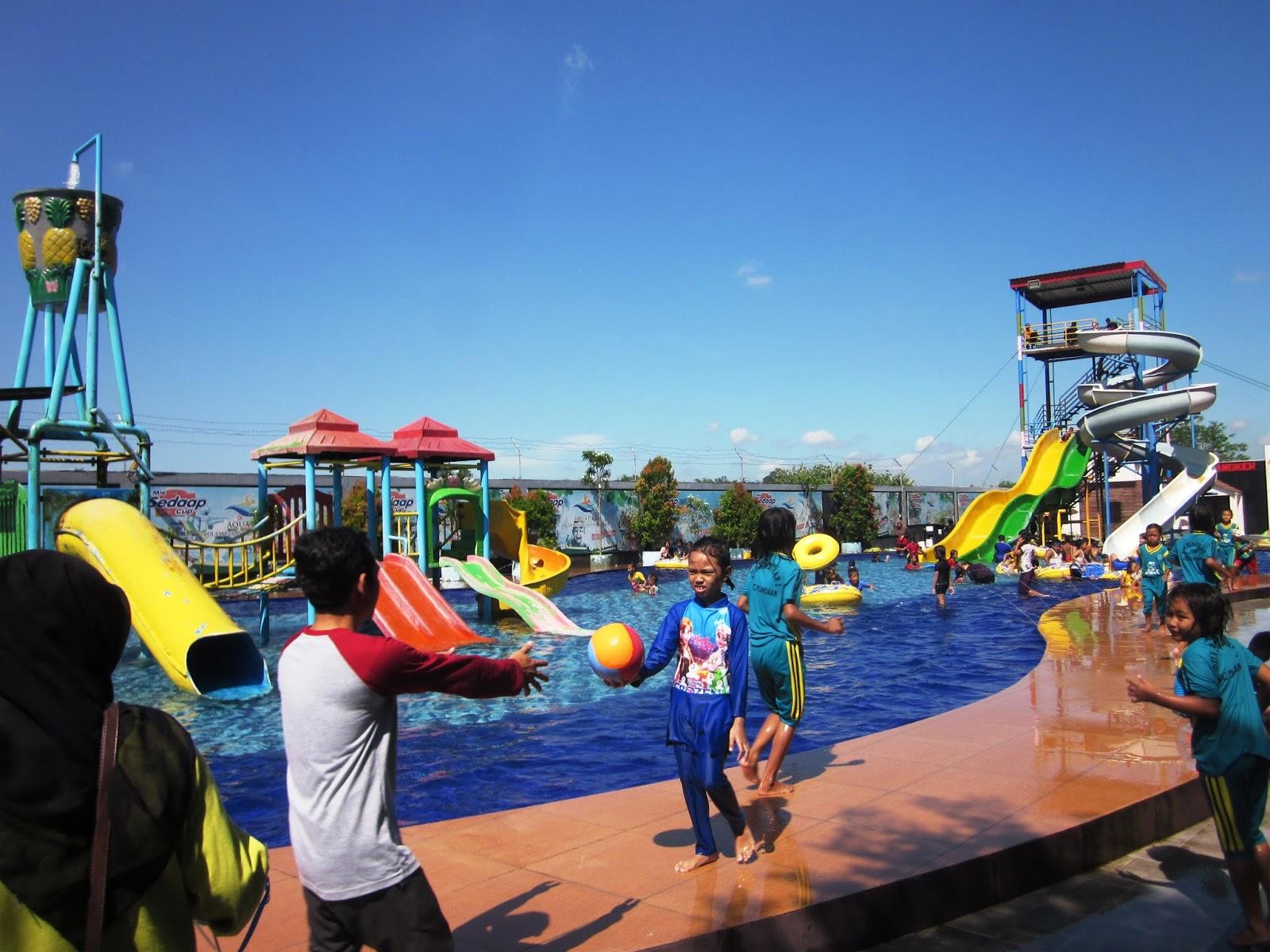 jombang city guide aquatics waterpark serunya waterboom dan ember rh jombangcityguide blogspot com kolam renang di sumobito jombang tempat kolam renang di jombang