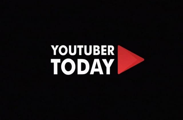 Kamu bisa kerja dimana saja dan kapan saja. Cukup jadi youtuber, upload video dan dapat gaji tiap bulan