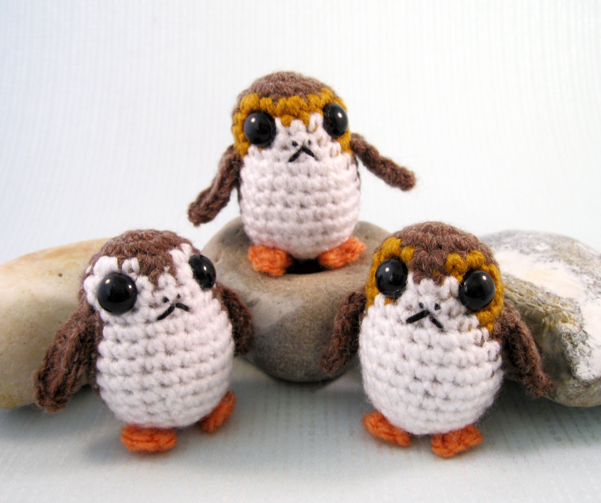 LucyRavenscar - Crochet Creatures: Porgs - new Star Wars pattern