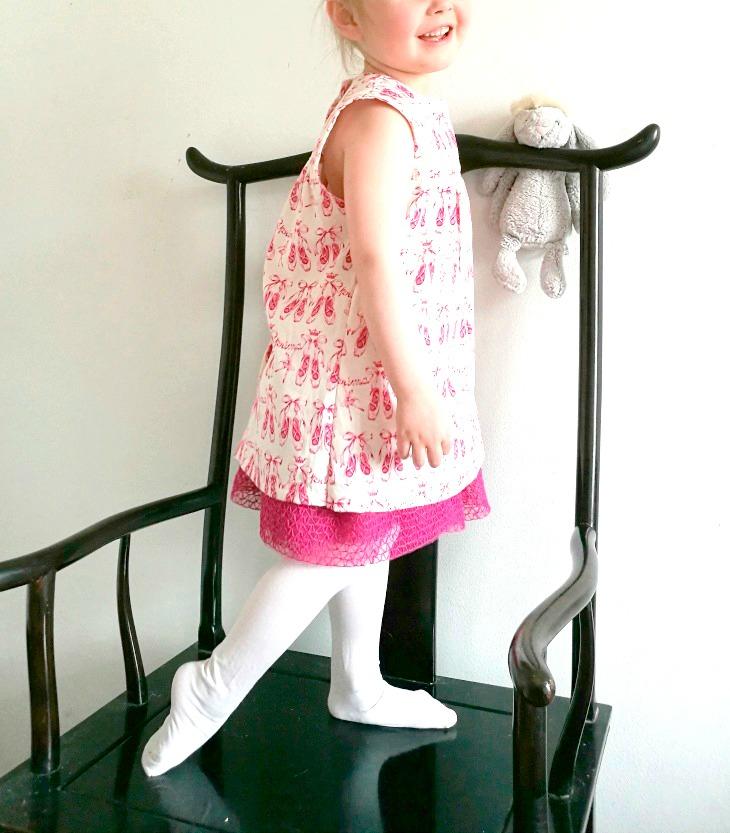 tytön mekko