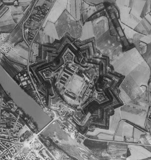 This shot from the air shows how the Cittadella di Alessandria remains almost unchangred