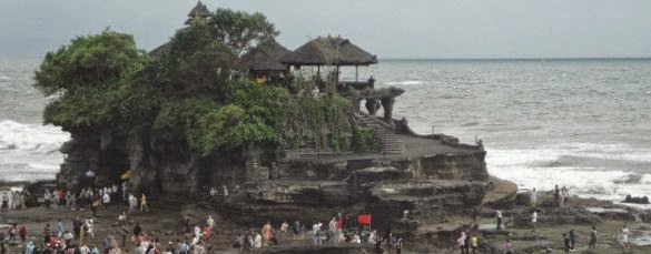Pura Hindu Tanah Lot Bali - Tabanan, Bali, Liburan, Wisata, Atraksi, Pura