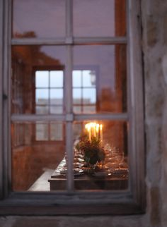 Elizabeth-Messina-photo-door-window-farmhouse-table-candles