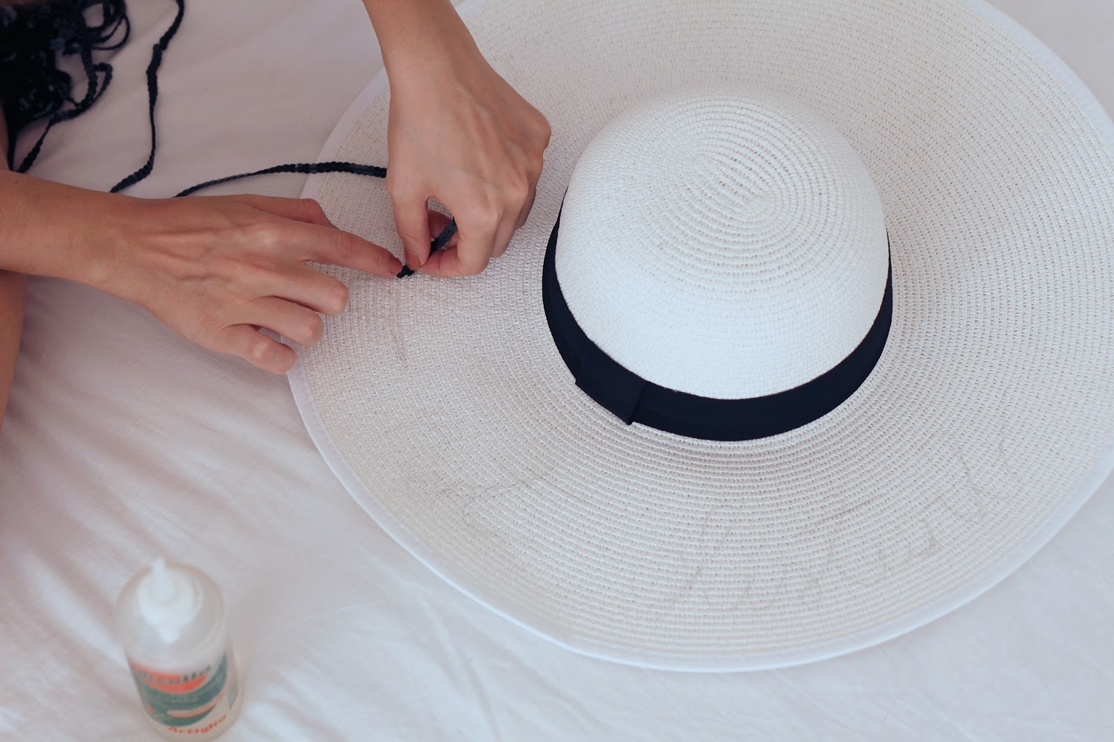 DIY do not disturb hat eugenia kim straw cappello paglia fashion moda glamour vogue summer