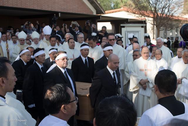 Hình ảnh thánh lễ an táng Đức Cha Dominicô Mai Thanh Lương - Ảnh minh hoạ 31