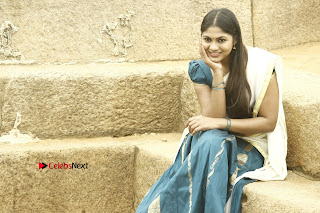 Actress Shruti Reddy Latest Po Shoot Gallery  0046.JPG