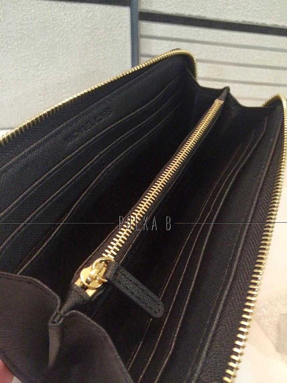 d28be72e89d3 Michael Kors Jet Set Travel Large Three Quarter Zip Around Wallet ...