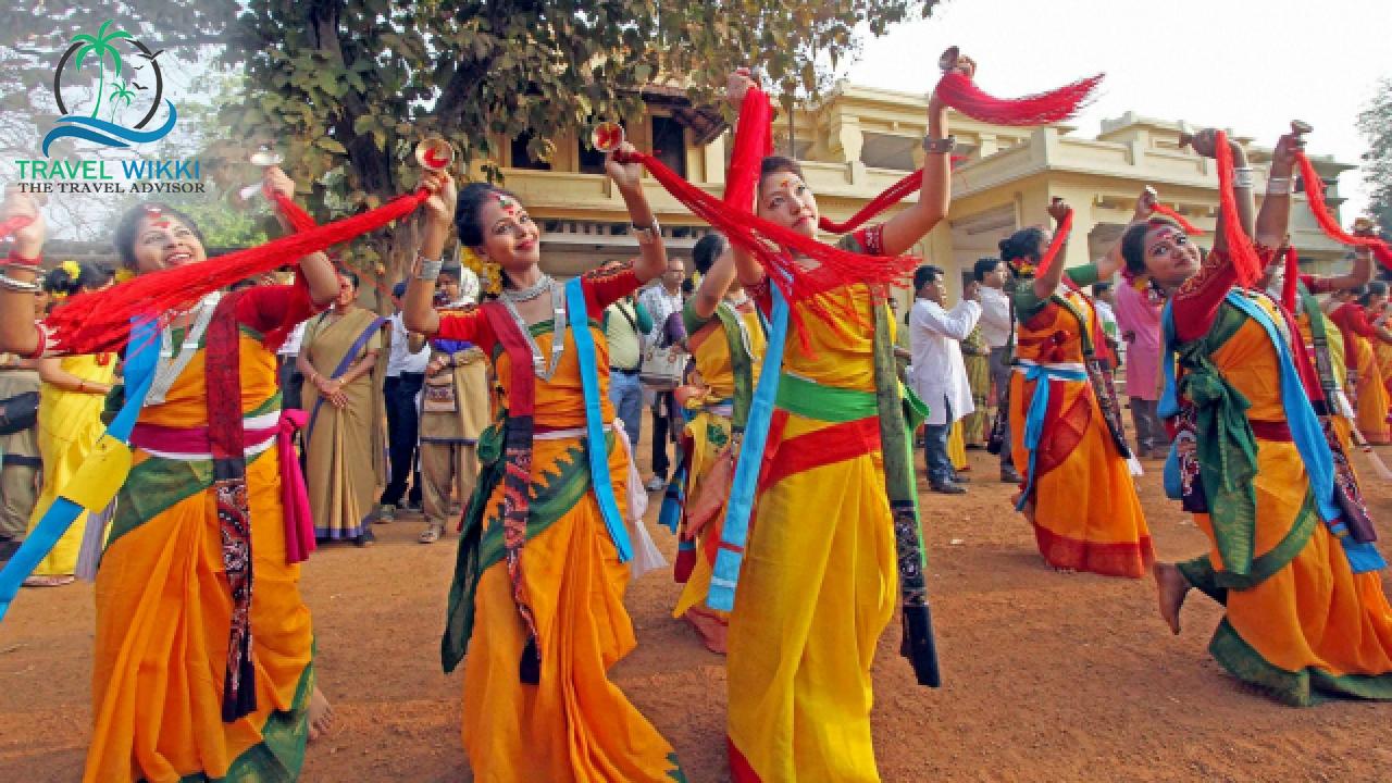 Shantiniketan, West Bengal: Cultural Holi