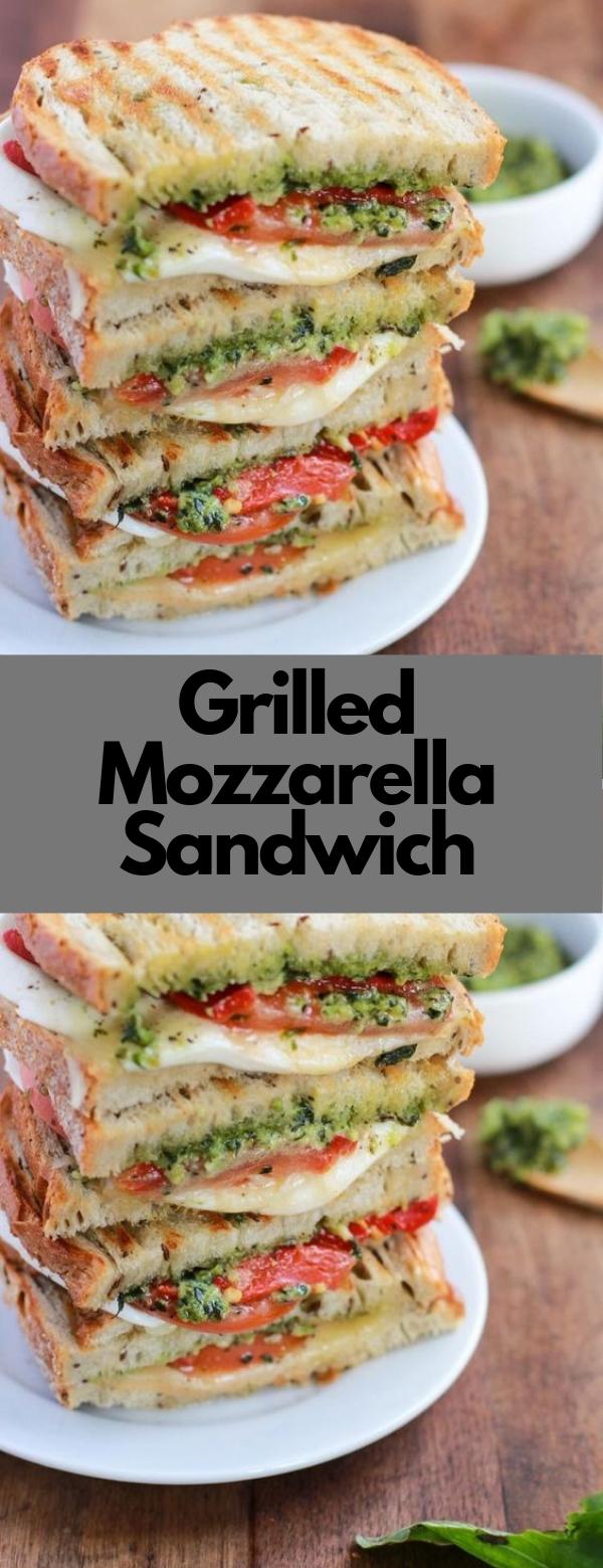 Grilled Mozzarella Sandwich #HEALTHY #SANDWICH #VEGETARIAN