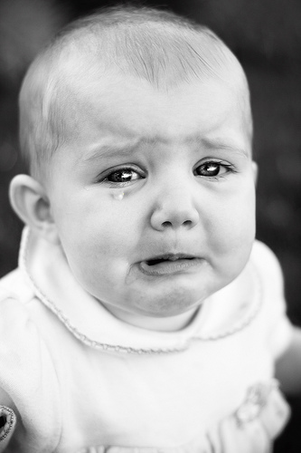 صور أطفال حزينة
