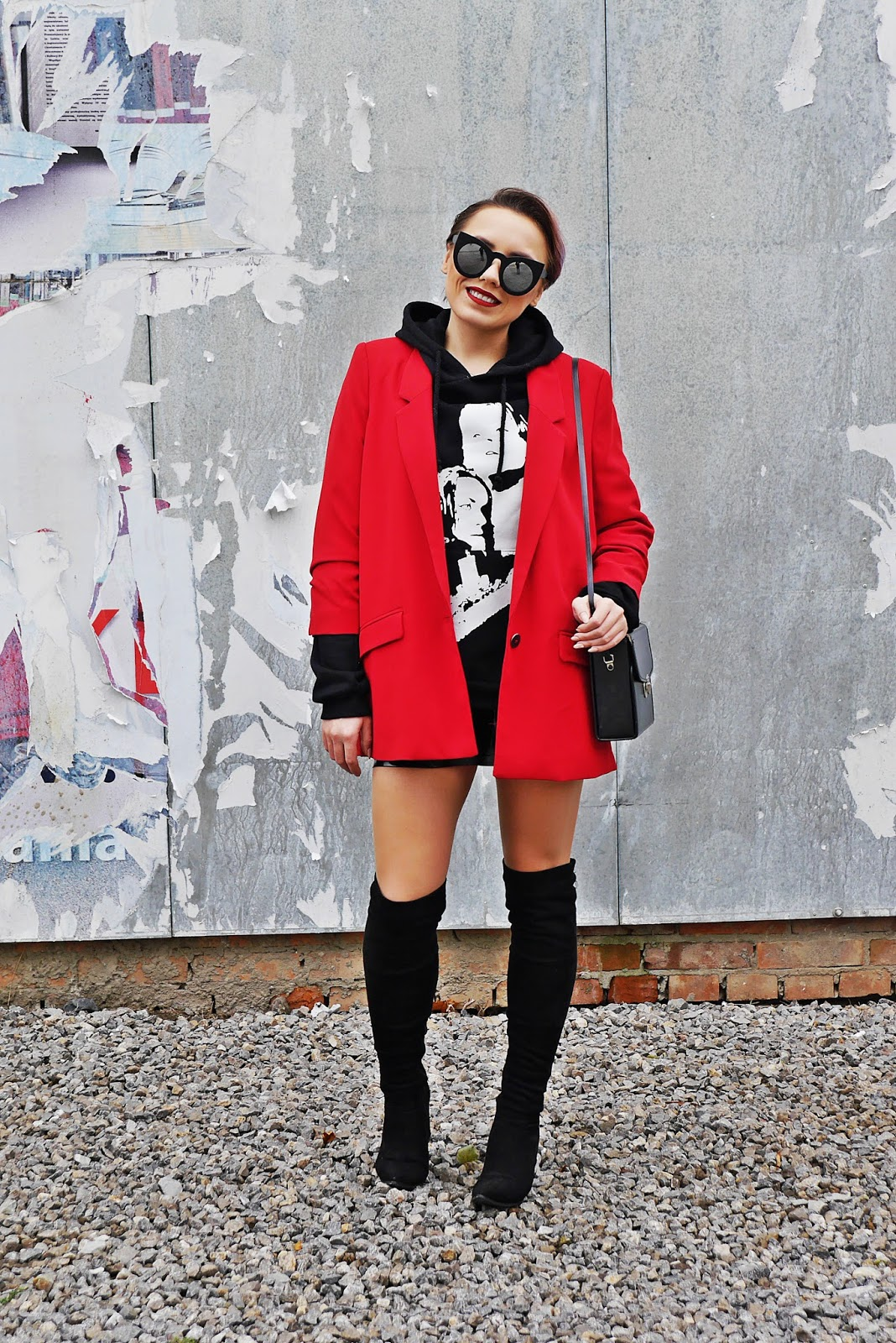 3_red_jacket_black_hoodie_titanic_karyn_blog_modowy_171017as