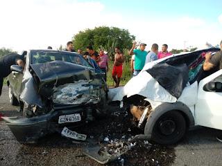 WhatsApp Image 2019 01 12 at 22.51.15 - Acidente envolvendo dois veículos deixa um morto e três feridos na BA-416