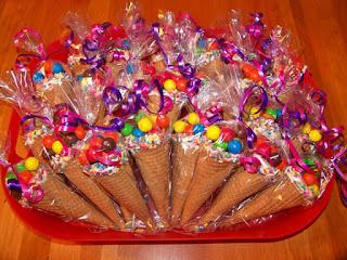 Конфеты в вафельном рожке: упаковка-десерт