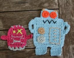 http://translate.google.es/translate?hl=es&sl=en&tl=es&u=http%3A%2F%2Fwww.crochetier.com%2Fpatterns-anleitungen%2Ffree-patterns%2Frobot-applique%2F